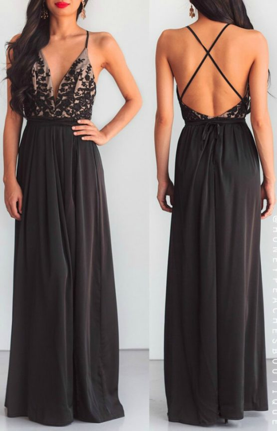 Star Of The Show Maxi Dress in Black