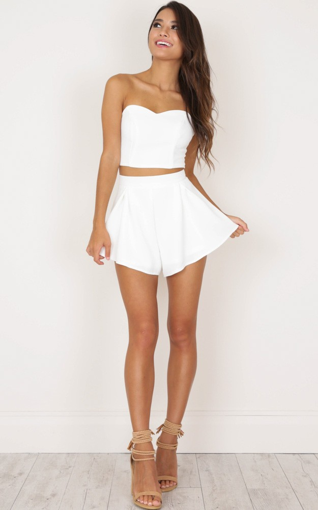 Dion Two Piece Set In White All Your Fashion Musthaves