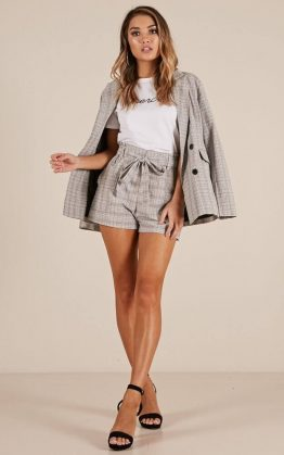 Cant Stay Away Shorts In Grey Check