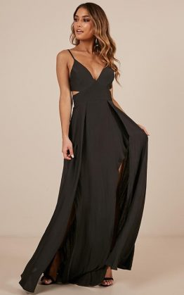 Feeling Pretentious Maxi Dress In Black