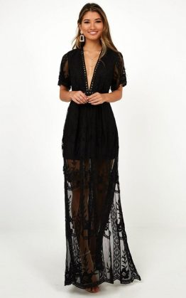 Love Spell Maxi Dress In Black