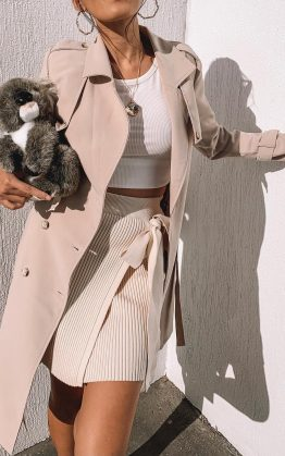 Coolest Girl Trench Coat In Beige