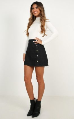 Crazy Feeling Denim Skirt In Black Wash
