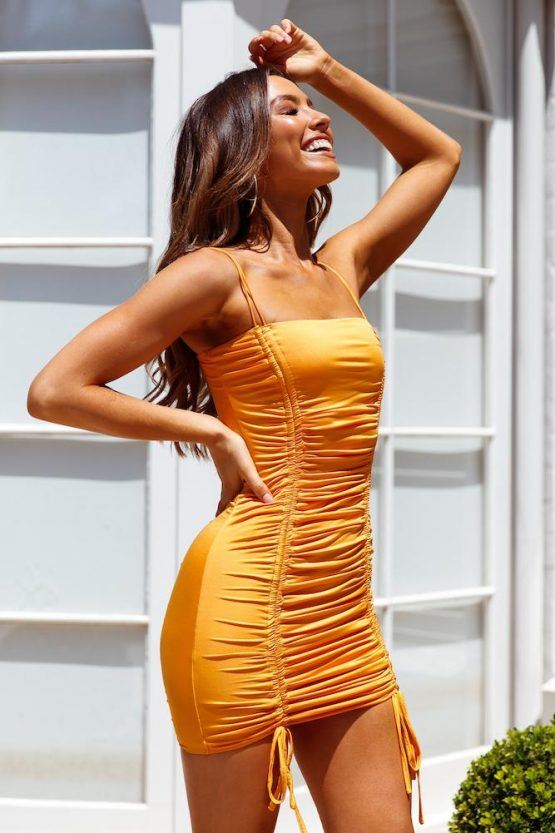 Catch Feels Dress in orange
